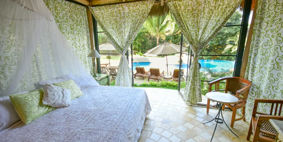 Villa Besito at Amor Boutique Hotel in Sayulita Mexico. Pretty, romantic one bedroom vacation rental. Comments comments