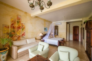 amor-boutique-hotel-hotelito-large-luxury-one-bedroom-ocean-view-pullout-couch