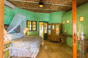 amor-boutique-hotel-las-palmas-luxury-bedroom-sayulita-mexico