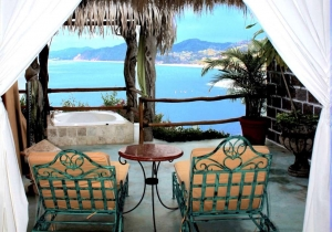 amor-boutique-hotel-mi-amor-lounge-chairs-ocean-view
