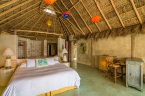 amor-boutique-hotel-olito-palapa-roof-luxury-vacation-rental