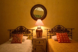 amor-boutique-hotel-panoramicas-Romance-3rd-bedroom
