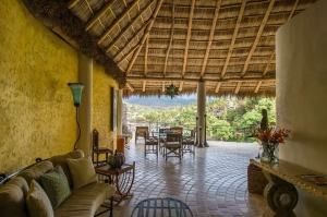 amor-boutique-hotel-sirenita-large-outdoor-party-area-ocean-view