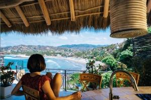 amor-boutique-hotel-sirenita-ocean-view-from-balcony