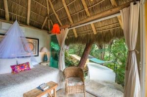 amor-boutique-hotel-villa-manana-luxury-ocean-view-room-sayulita