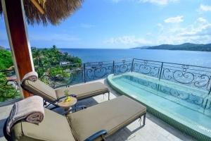amor-boutique-hotel-villa-romance-ocean-view-terrace-sayulita