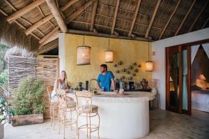 amor-boutique-hotel-villa-sirenita-outdoor-kitchen
