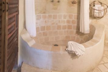 7-amor-boutique-hotel-in-sayulita-la-costa-bathroom