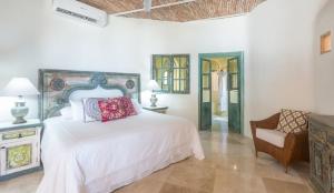 VillaLasPalmas-amor-boutique-hotel-sayulita--room-11