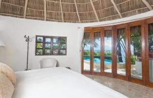 VillaLasPalmas-amor-boutique-hotel-sayulita-bedroom-32