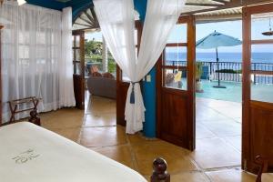 Villa Terraza-amor-boutique-hotel-sayulita-master-bedroom-ocean-view