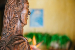 amor-boutique-hotel-besito-dulce-hand-carved-statue-mexico