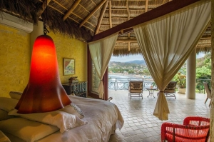 amor-boutique-hotel-besito-dulce-master-bedroom-ocean-view-luxury-sayulita