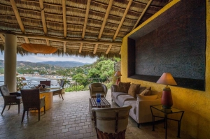 amor-boutique-hotel-besito-dulce-ocean-view-2-bedroom-outdoor-living-room