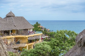 amor-boutique-hotel-panaromicas-sayulita-mexico-luxury-vacation-yoga