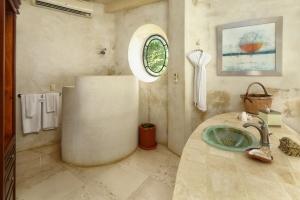 amor-boutique-hotel-sayulita-villa-bonita-bathroom
