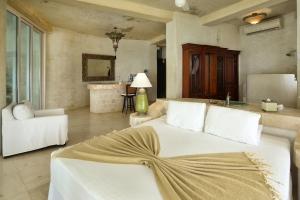 amor-boutique-hotel-sayulita-villa-bonita-bed