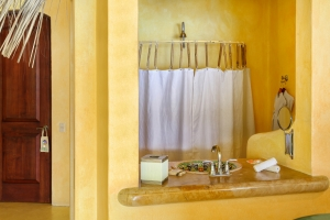 amor-boutique-hotel-sayulita-villa-tesoro-kitchen-bathroom