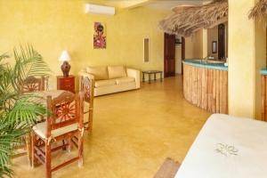 amor-boutique-hotel-sayulita-villa-tesoro-kitchen