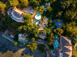 amor-boutique-hotel-villa-arboles-drone-view