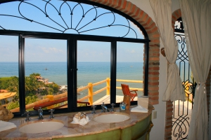 la-gran-villa-ocean-sayulita-bathroom