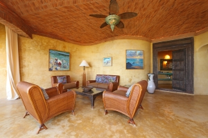 romantica-amorboutiquehotel-living-room (2)