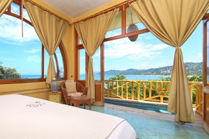 villa-serena-amor-boutique-hotel-sayulita-king-bed-ocean-view