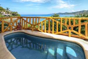villa-serena-amor-boutique-hotel-sayulita-pool-with-ocean-view