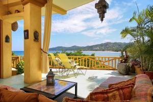 villa-serena-ocean-view-lamps-amor-boutique-hotel